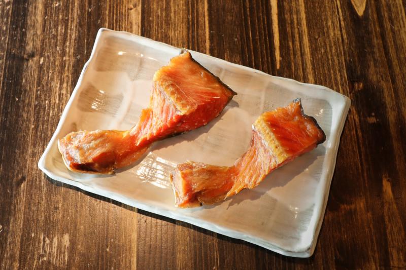 新メニュー!仙台牛のヒレ肉・紅鮭のカマ燻製